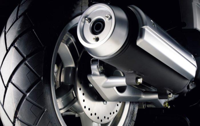 Nou tríptic pneumàtics motos